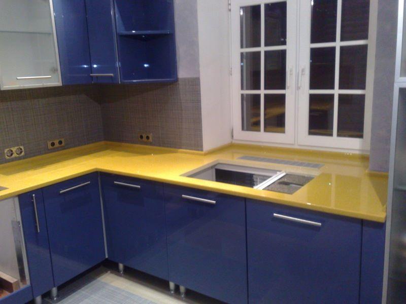Кухонные мойки из искусственного камня желтая+синяя